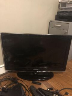 32 inch Samsung tv with smart blue ray player