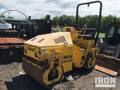 2005 (unverified) Sakai SW320 Vibratory Double Drum Roller