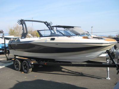 2018 Supreme S211 Ski and Wakeboard Boats Lakeport, CA