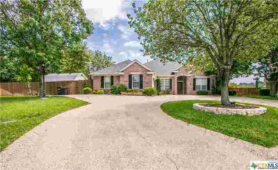513 Kudu Trail HARKER HEIGHTS Four BR, Jump into your own pool