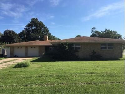 4 Bed 3 Bath Foreclosure Property in Bartlesville, OK 74006 - Crestland Dr