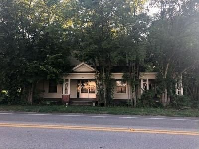 4 Bed 2.5 Bath Foreclosure Property in Town Creek, AL 35672 - Main St