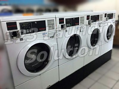 Coin Laundry Speed Queen Front Load Washer Horizon Softmount Card Reader SWFX71WN White AS-IS