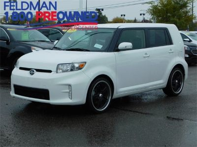 2014 Scion xB Base (White)
