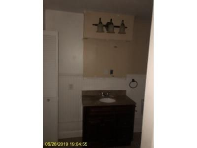 3 Bed 1 Bath Foreclosure Property in Rotterdam Junction, NY 12150 - Canal St
