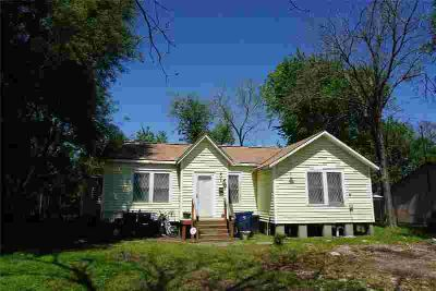 2322 1st Avenue Texas City Three BR, The advantage of value for a
