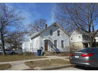 3 Bed 2 Bath Foreclosure Property in Michigan City, IN 46360 - Elston St