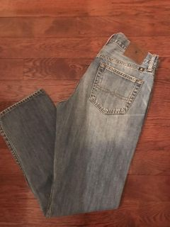 Lucky Brand jeans 32x32 perfect condition.