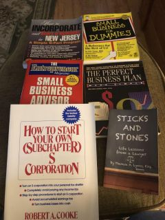 Lot of 6 business books - used lot - some have highlighting - porch pick up
