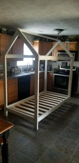 Twin size house frame!!! FIRST COME