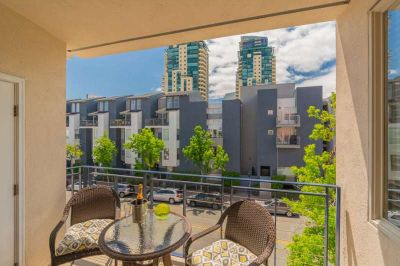 New on the market! 2 bed 2 bath 2 parking downtown San Diego under $600,000. Wow