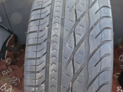 1- Used 215/60R16 Goodyear Eagle GT 95V tire