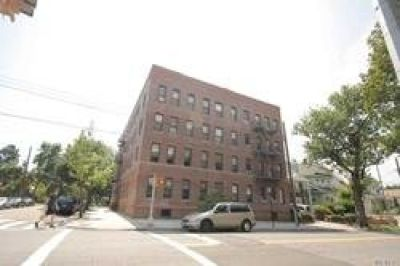 ID#: 1321956 Nice Sized 1 Bedroom Apartment For Rent In Flushing North.