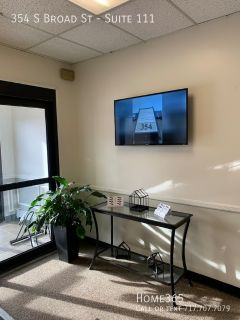 Reliable private office space located in the downtown Millhill area of Trenton, NJ.