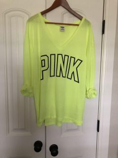 Victoria s Secret PINK Tee Like New - Super cute over swimsuit! $7 size M