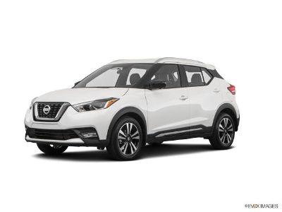 2018 Nissan Kicks SR (Aspen White)