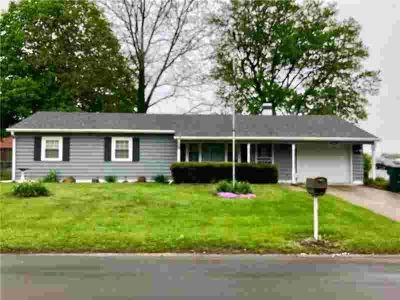 3400 North Rosewood Avenue MUNCIE Three BR, This hard to find