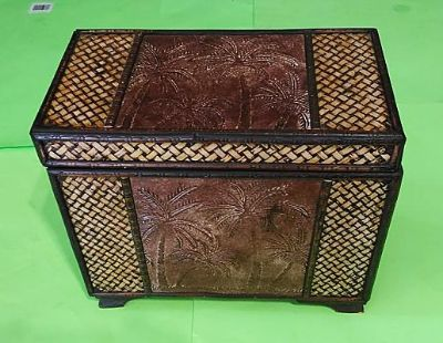 Pier 1 Small Solid Wood Palm Tree Chest--14x14x11--Excellent Condition!