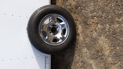 F150 17 inch tire mounted on Ford 6 lug wheel