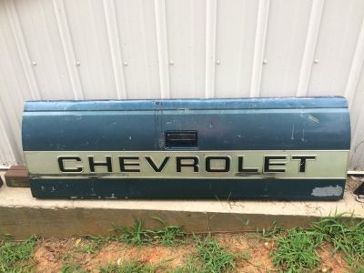 1990 Chevy tail gate