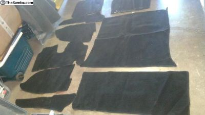 Used Ghia black 9 Pcs carpet -WCM
