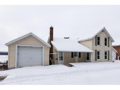 3 Bed 2 Bath Foreclosure Property in Alma, WI 54610 - N 2nd St