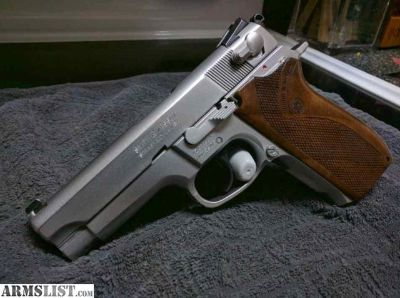 For Sale: Smith & Wesson model 5906 - 9mm