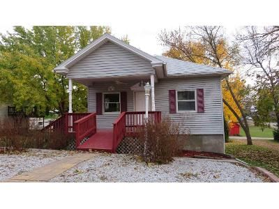 2 Bed 2 Bath Foreclosure Property in Union, NE 68455 - B St