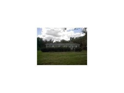 338,103 Bed 2 Bath Foreclosure Property in Lakeland, FL 33810 - Forest Creek Rd