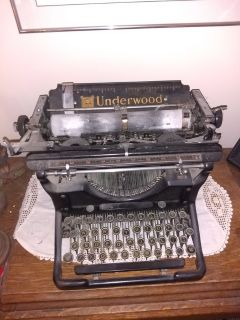 Underwood vintage typewriter