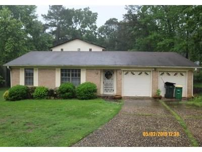 3 Bed 2 Bath Foreclosure Property in Little Rock, AR 72204 - Dartmouth Ct