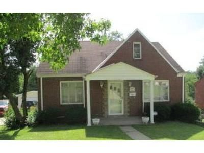 2 Bed 1 Bath Foreclosure Property in Pittsburgh, PA 15220 - Kirsopp Ave