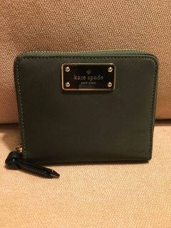 NWT Authentic Kate Spade small wallet