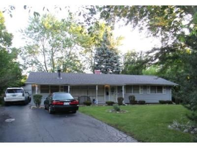 3 Bed 1 Bath Foreclosure Property in Country Club Hills, IL 60478 - 189th St