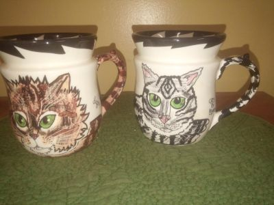 Pair of giftable cat cups dishwasher microwave safe