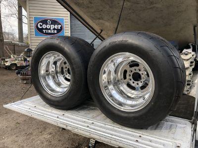 Beautiful 15x12 MT drag wheels w/radials