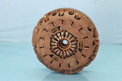 Find 2000 BMW Z3 2.8 #1 PRESSURE PLATE W/CLUTCH DISK OEM motorcycle in Tampa, Florida, United States