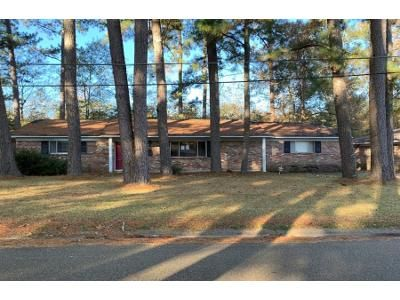 3 Bed 2.5 Bath Foreclosure Property in Jackson, MS 39212 - Bienville Dr