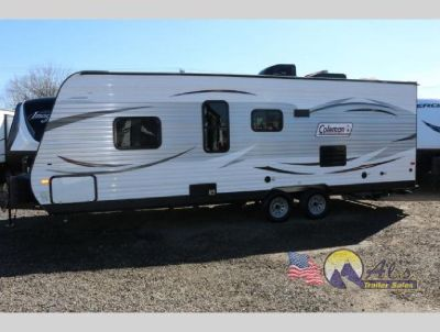Used 2018 Dutchmen RV Coleman Lantern Series 274BHWE