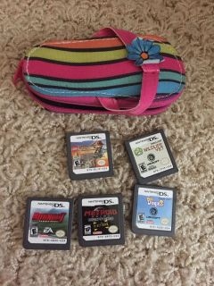 Ds games and zipper case