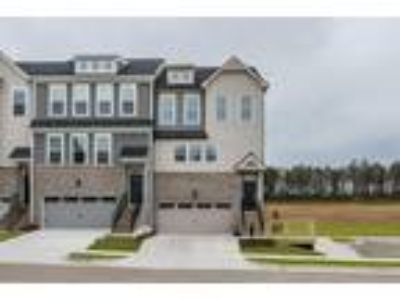 New Construction at 912 Dalton Ridge Place, by HHHunt Homes