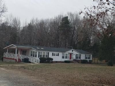 3 Bed 3 Bath Foreclosure Property in Farmville, VA 23901 - Tuggle Rd