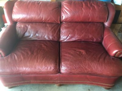 HIGH QUALITY Leather Love Seat