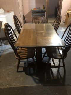 Dinning room table, glass table top & chairs