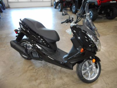 2018 Yamaha SMAX 250 - 500cc Scooters Belvidere, IL