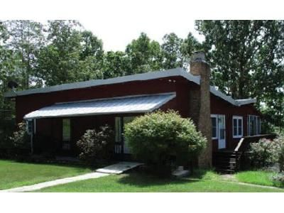 3 Bed 2.5 Bath Foreclosure Property in Waverly, TN 37185 - Riverview Ln