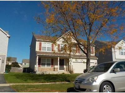 3 Bed 2.5 Bath Preforeclosure Property in Cortland, IL 60112 - E Warbler Ave