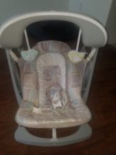 NEW Baby swing &vibrating chair