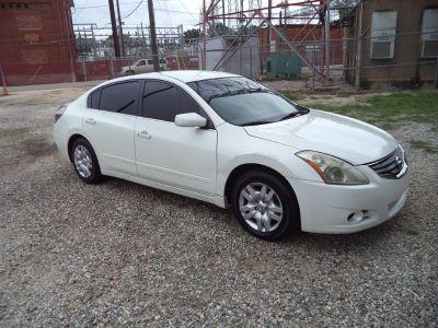 2012 Nissan Altima 2.5 (White)