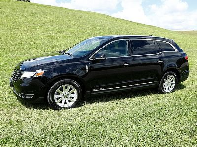 2017 Lincoln MKT Livery SUV (Black)